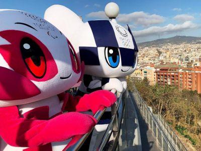Сомэйти и Марайтова — талисманы (маскоты) Паралимпийских и Олимпийских игр в Токио. Фото: Reuters