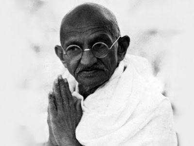 Махатма Ганди. Фото: bigasia.ru